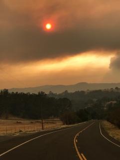 10 oktober 2017, vuureffecten vanuit Napa County overspoelen nabijgelegen counties zoals Solano en Yolo.